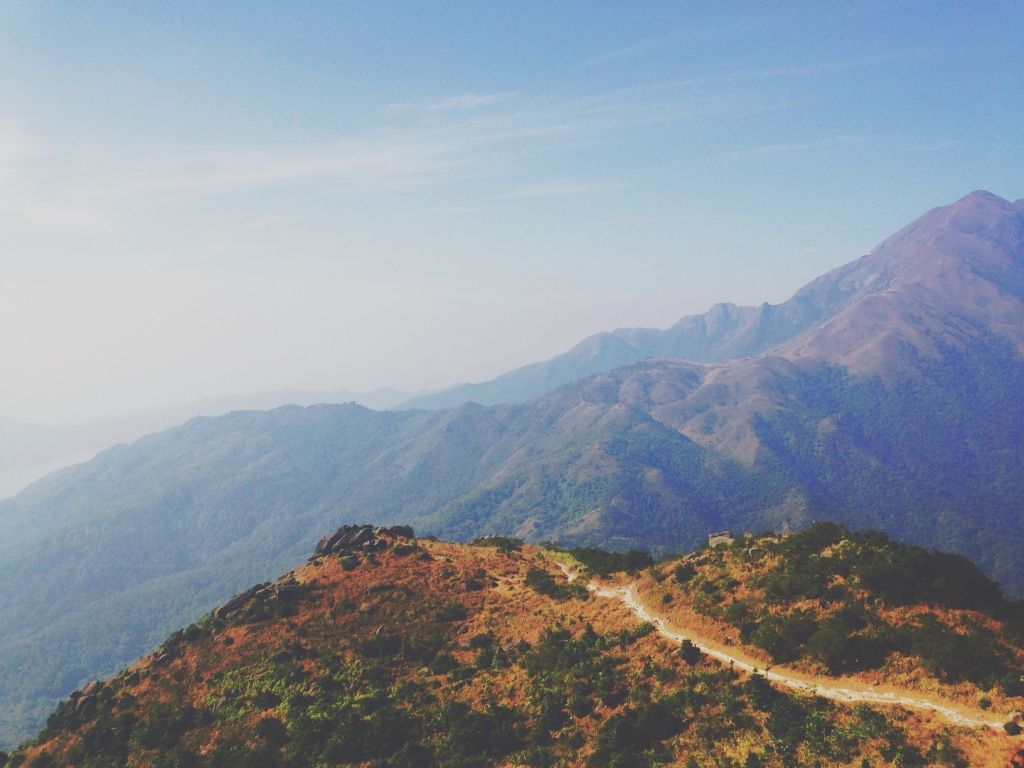 Hong Kong mountain - Provided by The Huffington Post