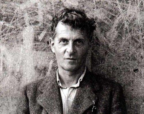 Ludwig Wittgenstein, Tratado Lógico-Filosófico:4.112O objectivo da Filosofia é a clarificação lógica dos pensamentos. A Filosofia não é uma doutrina, mas uma actividade. Um trabalho filosófico consiste essencialmente em elucidações. O resulta...