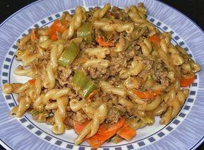 Curryrahm - Nudeln mit Hackfleisch   Nudeln mit hackfleisch, Nudeln ...