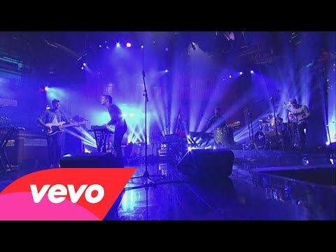 Foster The People - Pumped Up Kicks (Live on Letterman) - YouTube