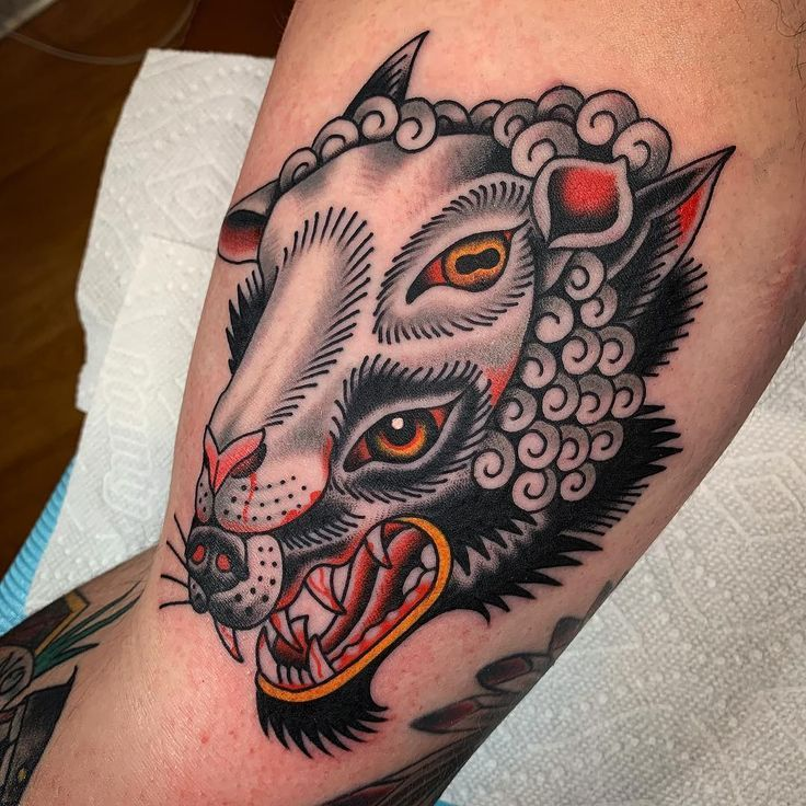 Wolf In Sheep S Clothing Tattoo Traditional Tattoo Clothing Sheeps Tattoo In 2020 Traditional Tattoo Animals Wolf Tattoo Traditional American Traditional Tattoo
