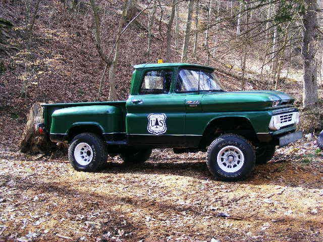 1962 Step Side 4x4 With U S Forest Service Door Insignia Gm Trucks Chevy Trucks Ford Trucks