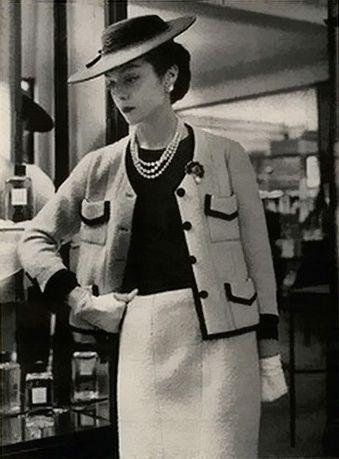66d49199d0d7 1950 s chanel suits - Google Search
