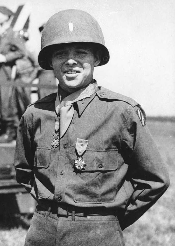✠ Audie Murphy (June 20th, 1924 - May 28th, 1971) MOH: 2/Lt, U S