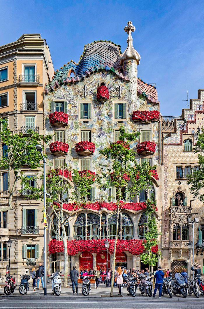 barcelona sehensw rdigkeiten top 15 der orte die sie bestimmt besuchen m ssen spanien. Black Bedroom Furniture Sets. Home Design Ideas