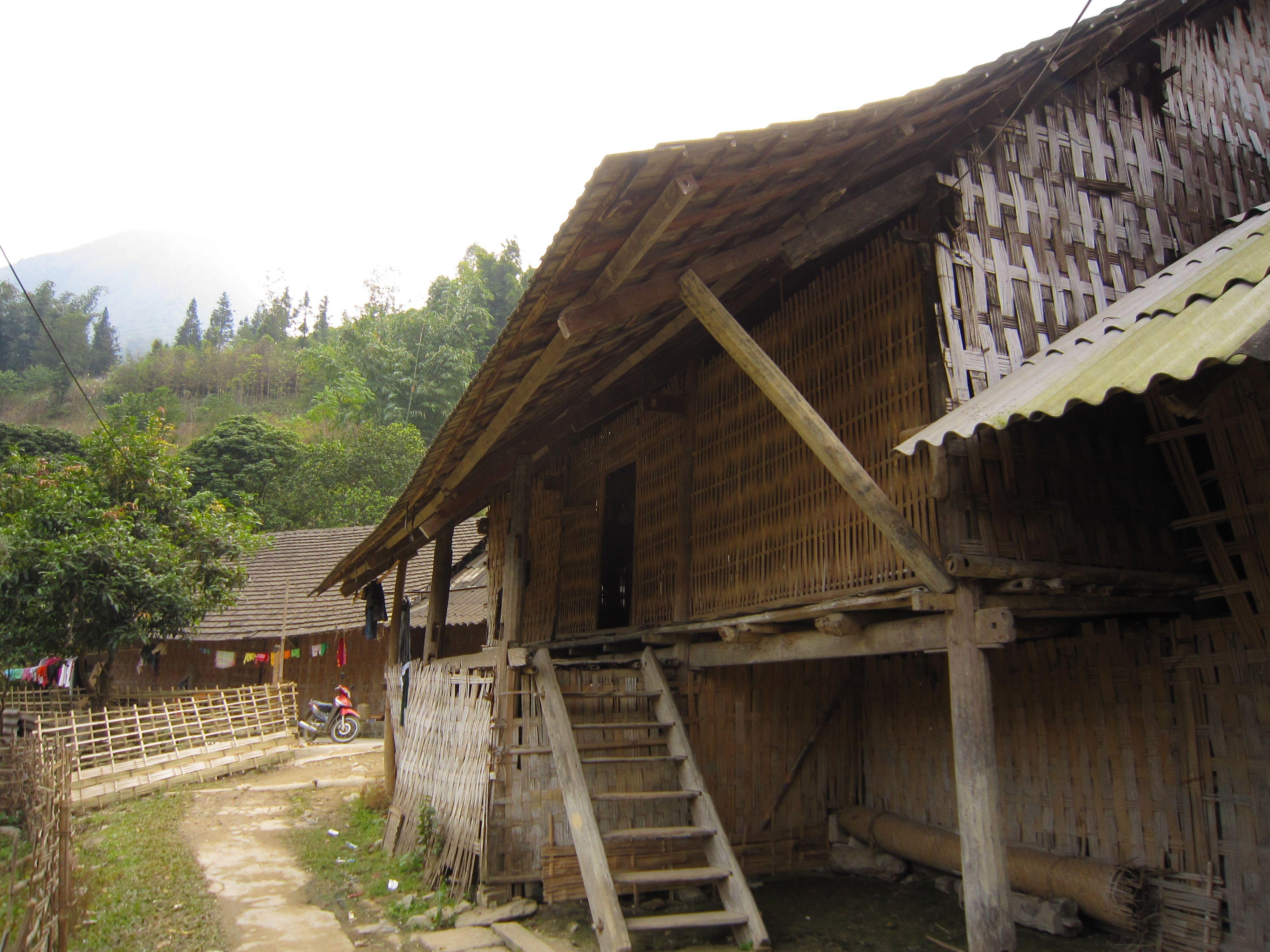 Traveling in northern Vietnam. Ban Ho village. www.north-vietnam.com... #vietnam #trekking #travel #wander #nature #mountains #hmong