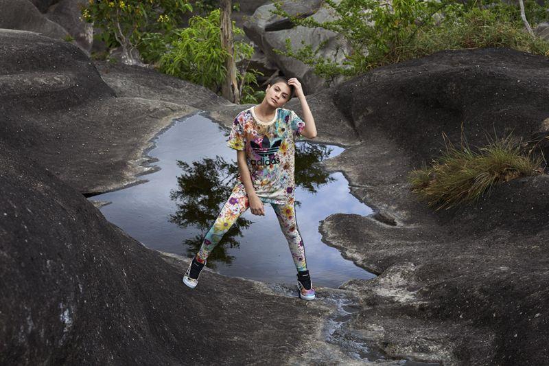 nossa quarta parceria com a adidas Originals chega tropical e brasileira com duas estampas pra se apaixonar! vem ver nas lojas e no e-FARM!