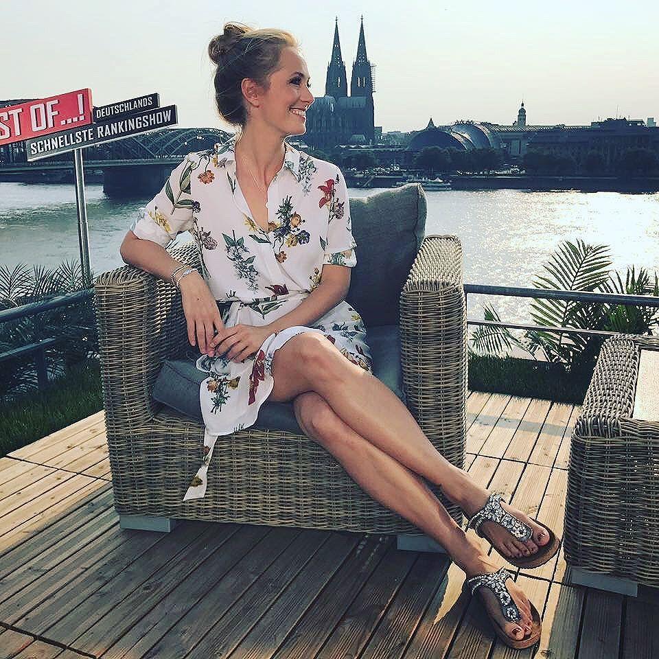 Marlene Lufen's Feet << wikiFeet