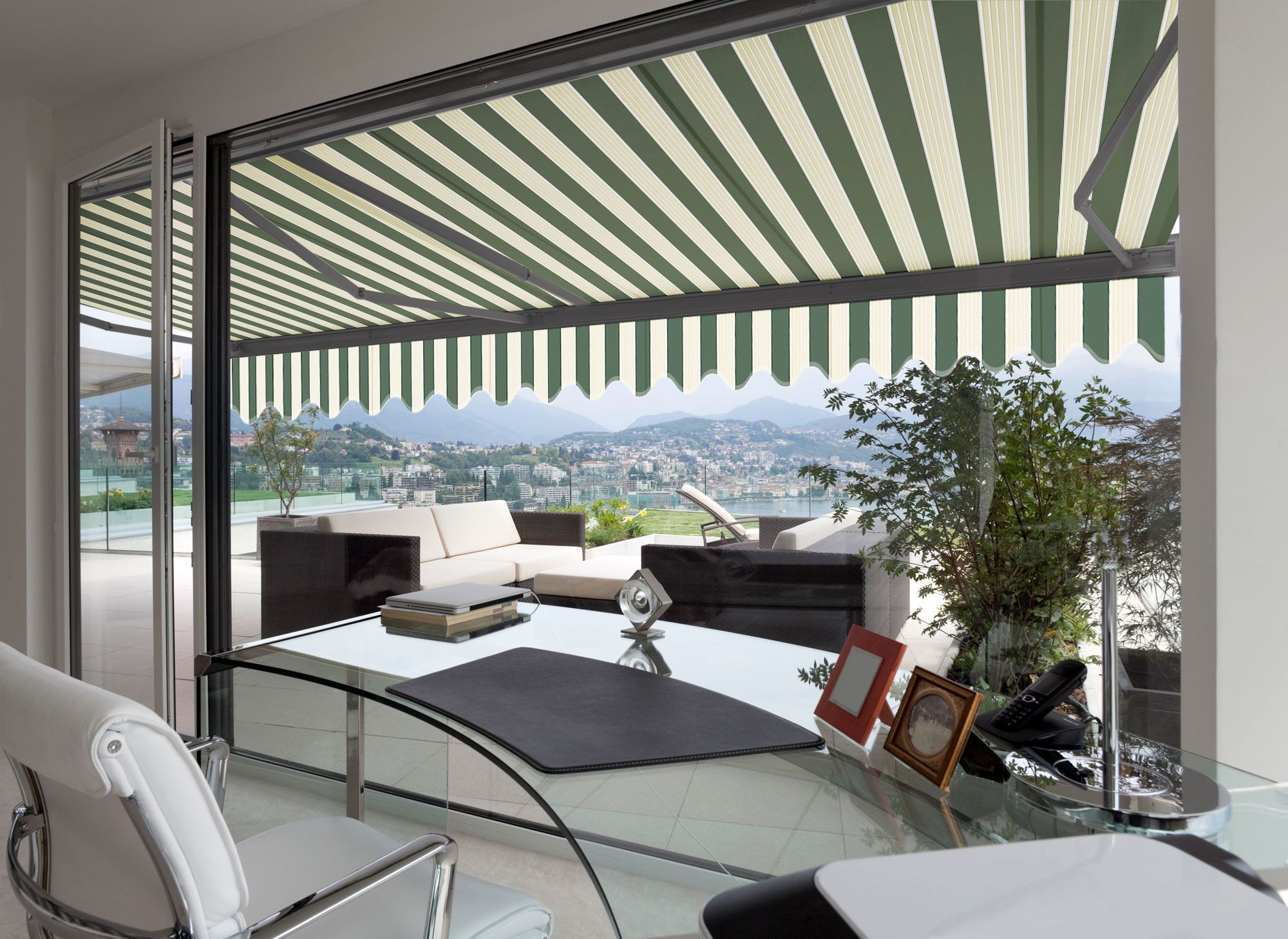 Electric Classic Semi-Cassette Awning   Retractable awning ...