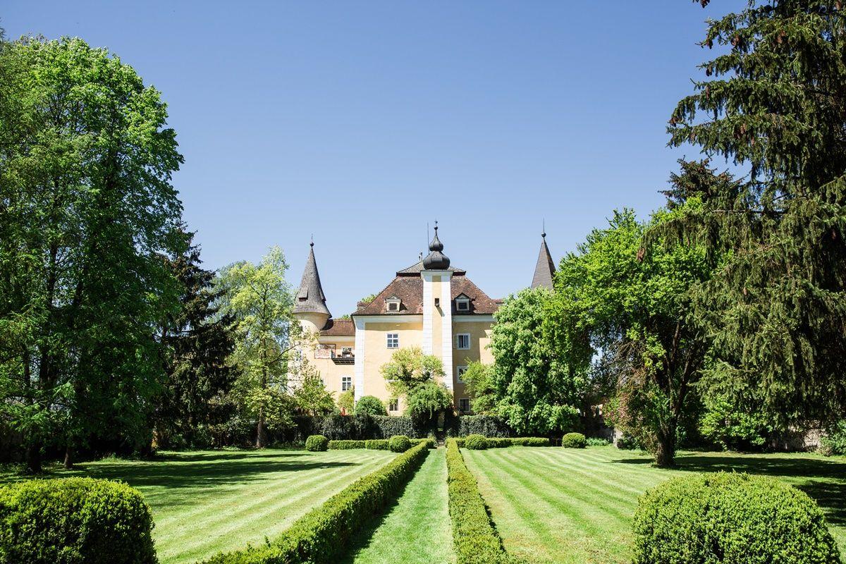 The Wedding Ceremony Hochzeit Schloss Dorf