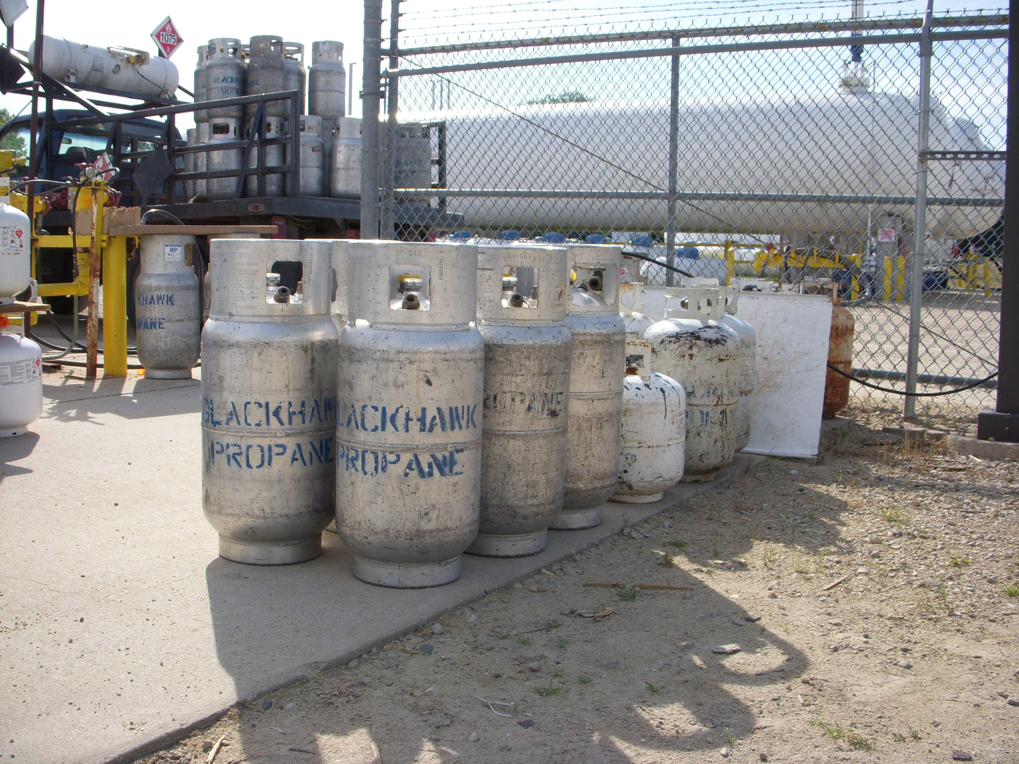 For industrial purpose commercial propane tanks and