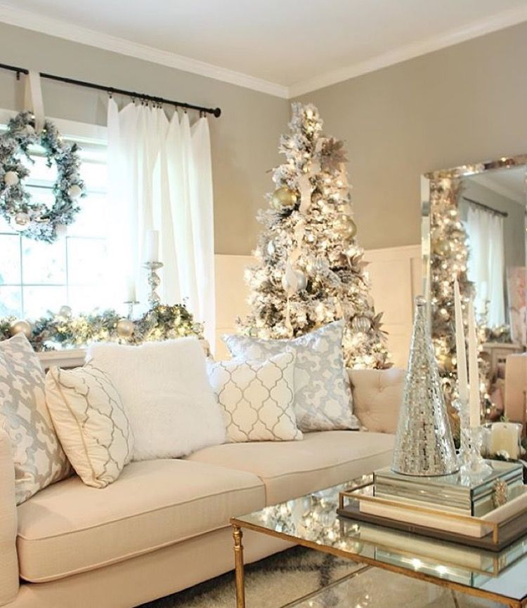 White Bright Christmas Decor In Contemporary Room Glass Clean Lines Elegant Decor White Christmas Decor Christmas Living Rooms Holiday Decor