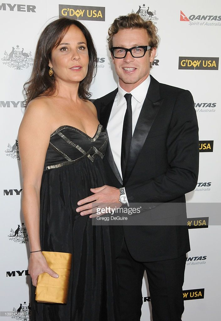 Simon Baker and wife Rebecca Rigg arrive at the 2011 G'Day ...