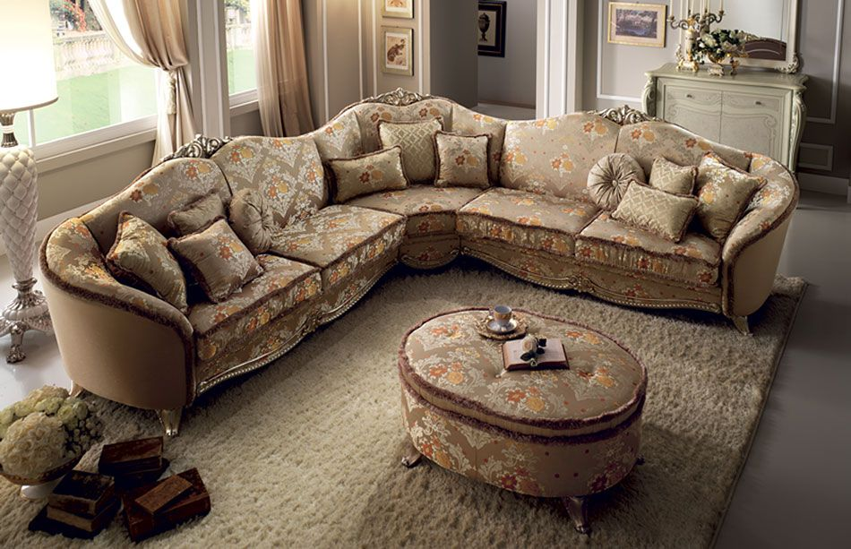 Traditional Sofas Loveseats Chairs Sets Sectionals Corner