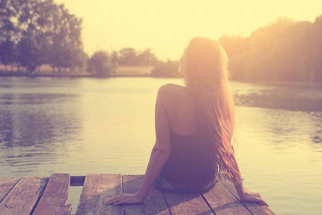 사랑을 선택한 그녀의 삶은 고독만 남았다.
