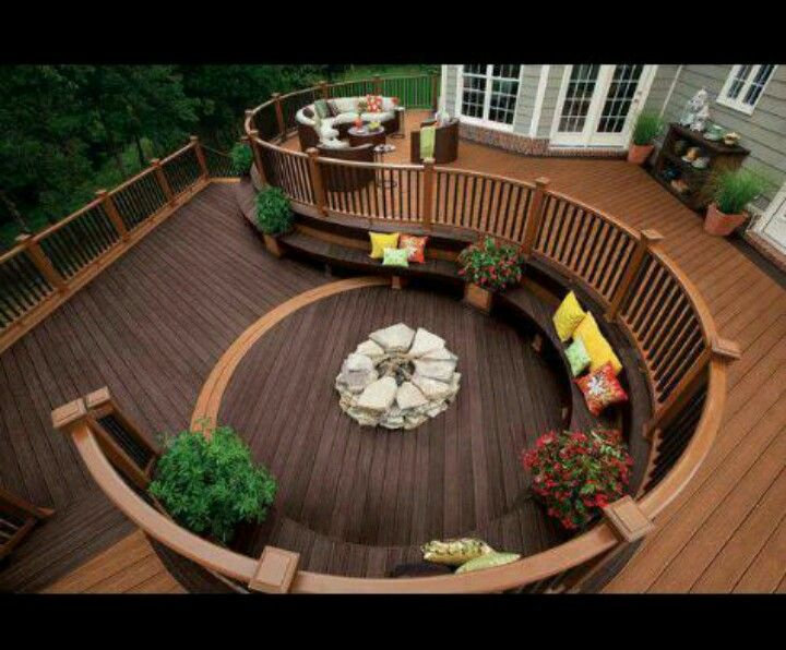 wow i would love to have a deck that overlooks the yard on wow awesome backyard patio designs ideas for copy id=17123