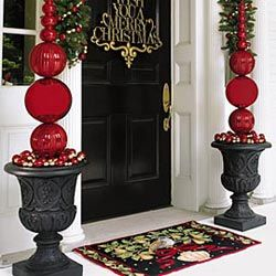 Shatter Proof Décor & Grand Manor Urn #Christmas