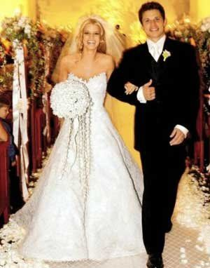 My Favorite Celebrity Wedding Jessica Simpson Wedding Dress Celebrity Bride Celebrity Wedding Gowns