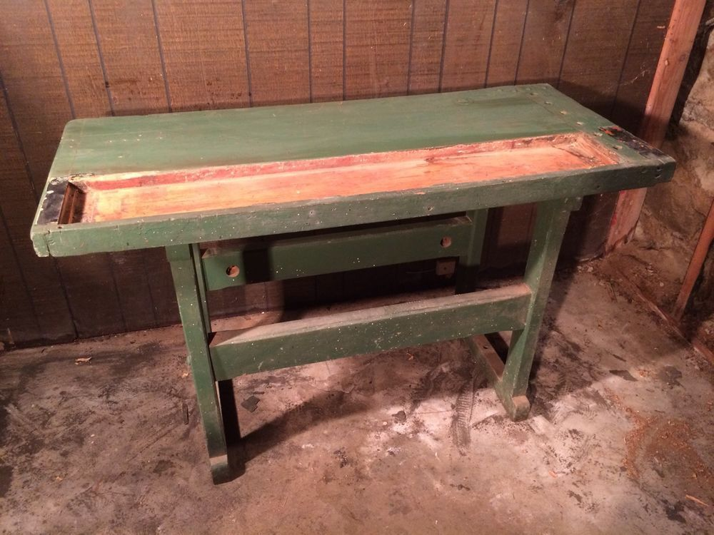 Admirable Small Vintage Workbench Industrial Style Server Bar Tv Lots Caraccident5 Cool Chair Designs And Ideas Caraccident5Info