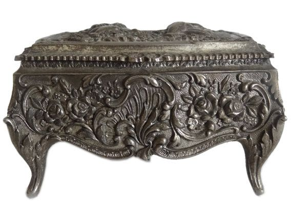VintageOldAntique Collectible silver tone French style Jewelry Box