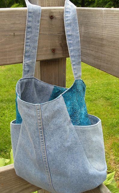 denim Tote bag - lined with side pockets