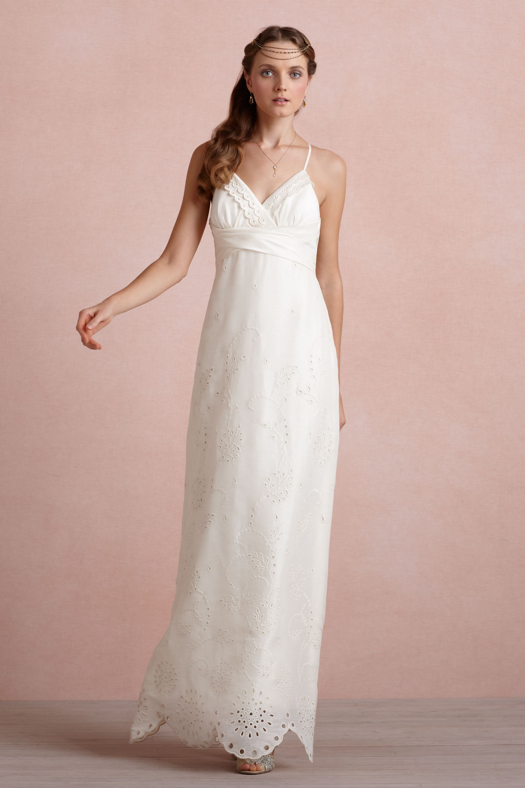 This dress with no bow and a simpler bust area | Wedding clothes ...