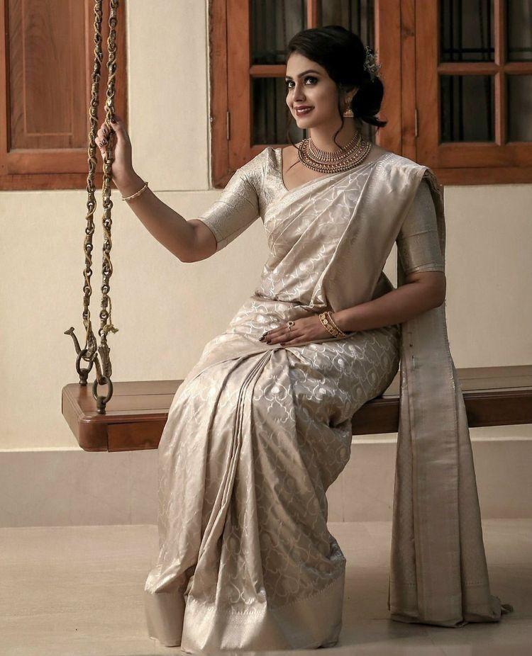 Christian Wedding White Gown: Christian Bridal Saree