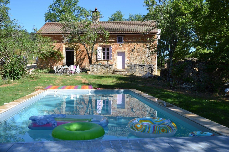location maison vacances piscine chauffe maisons de charme piscines personnes dans les coteaux du cou proche de daglan et 20 kms de sarlat
