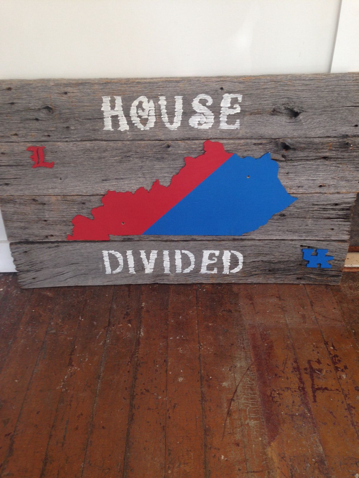 House Divided Kentucky And Louisville Wall Art Beginner Crafts Stencil Crafts House Divided