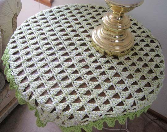 Mountain Peak Table Topper Free Crochet Pattern Yarn Love