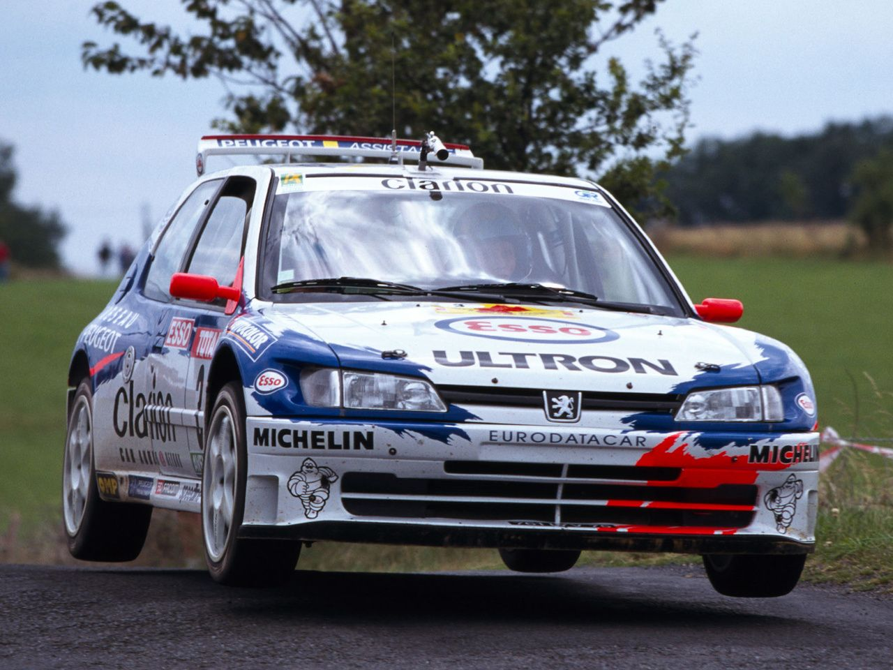 this was a brutal peugeot 306 maxi kit rally car exceedingly quick kick in your pants. Black Bedroom Furniture Sets. Home Design Ideas