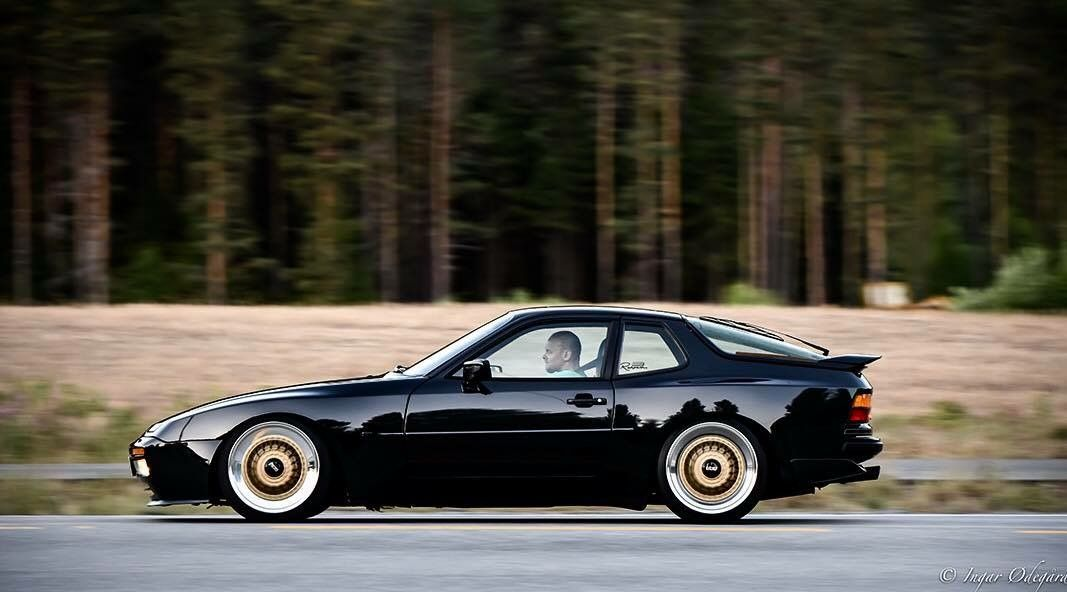 Porsche 944 Turbo 951 With Gold Bbs Wheels Porsche 944 Porsche 924 Porsche