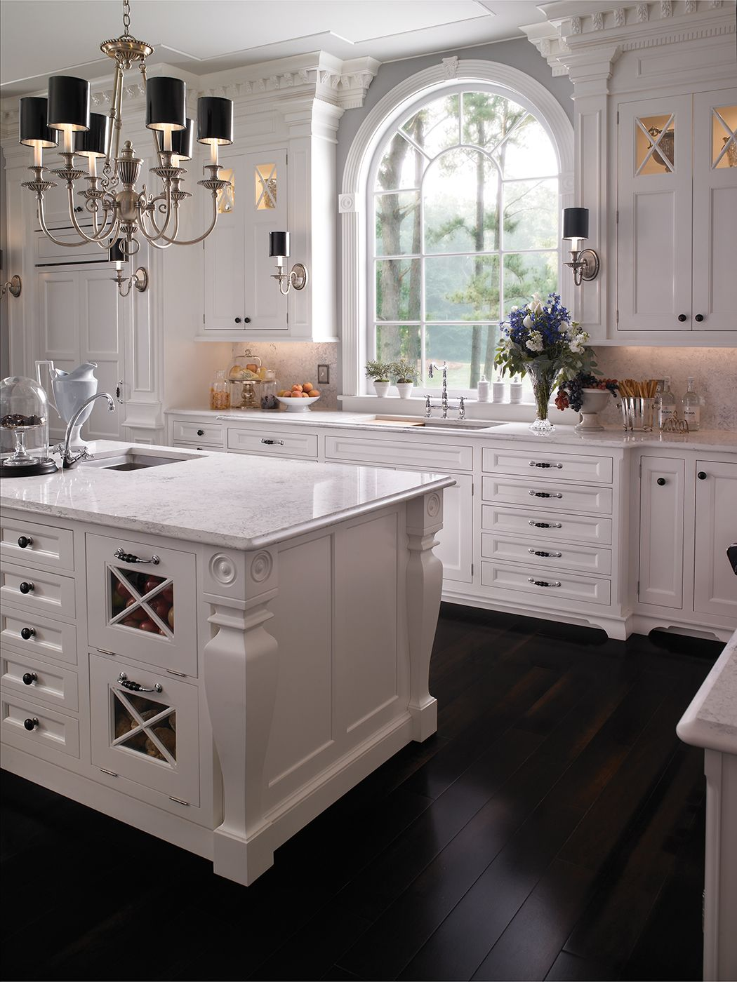 Traditional Southampton kitchen by #WoodMode, shown in Nordic White ...