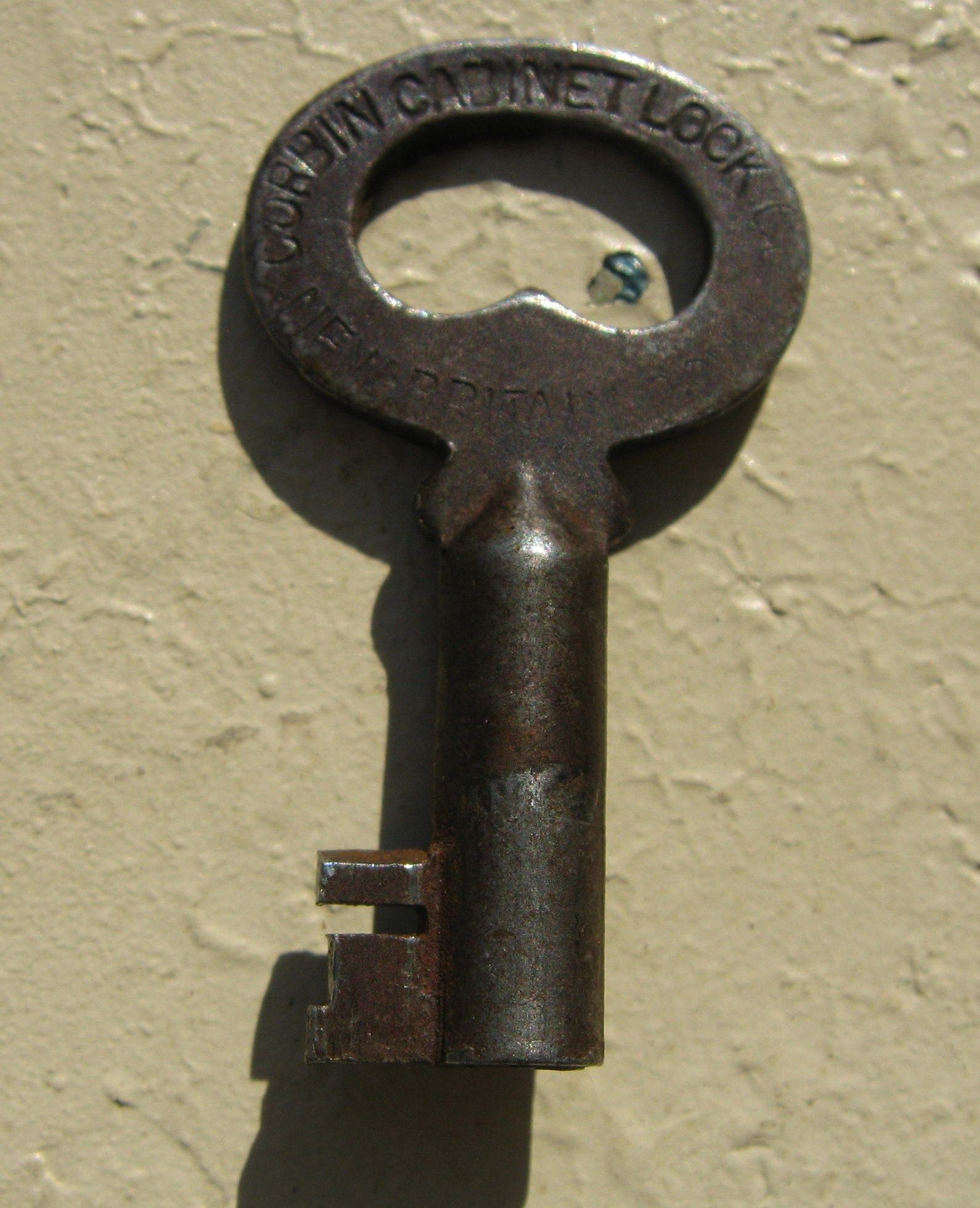 Old Locks And Keys Nice Antique Trunk Lock Made By Corbin Lock It S In Excellent Llaves Antiguas Llaves