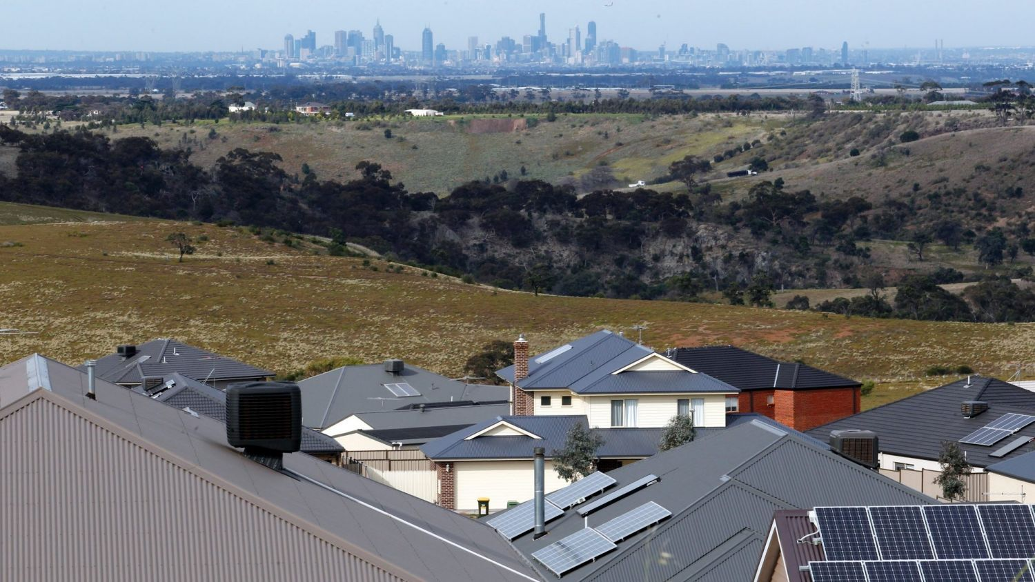 Property Investors And Tenants To Be Worse Off Under Law Reforms Real Estate Institute Of Victoria Warns Property Investor Real Estate Real Estate Investing