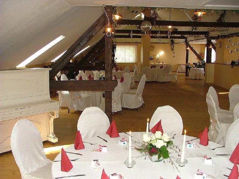 Hotel Annenhof In Berlin Hochzeit Festscheune Scheune Heiraten Location Bernau Strausberg Zimmer Hochzeitslocation Brandenbu Festsaal Fest Heiraten