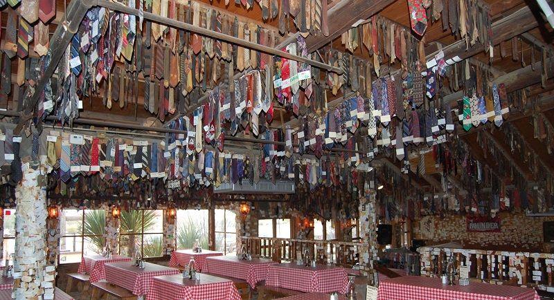 Pinnacle Peak Patio Steakhouse   Scottsdale, Arizona  This Place Is Too  Much Fun!