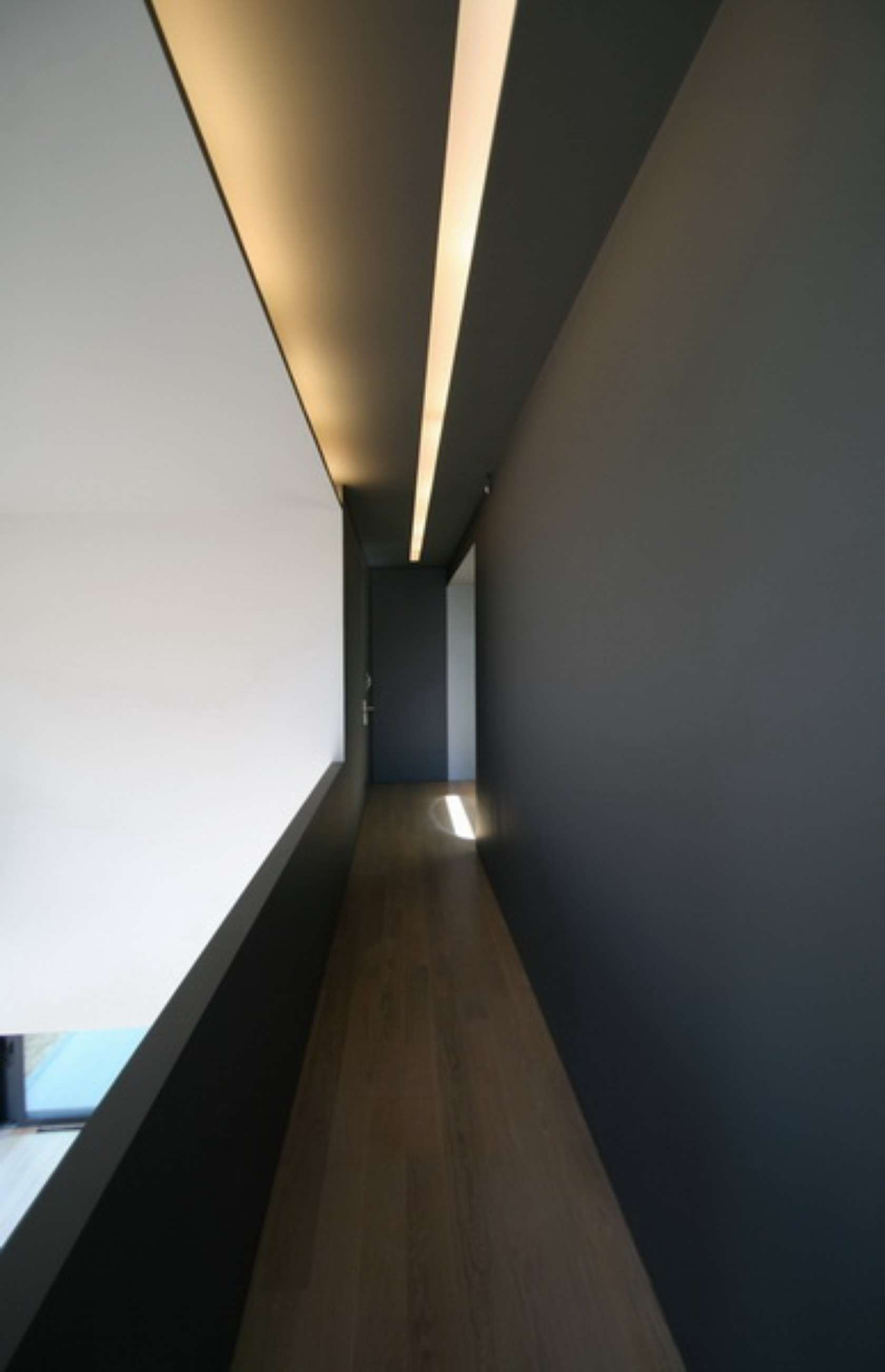 Corridor Design Ceiling: Residence In Voula, Athens