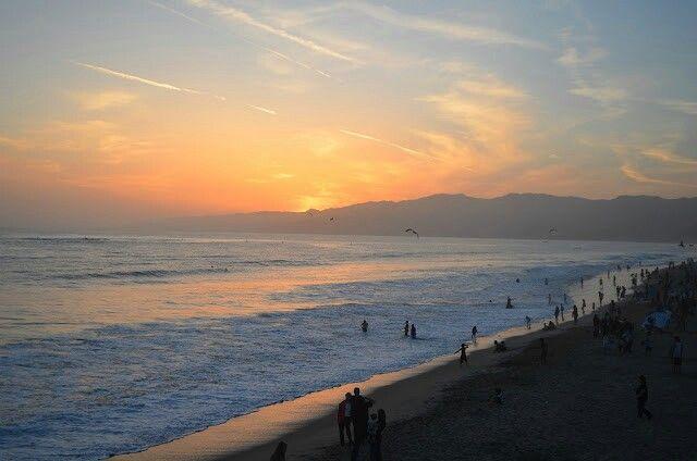 #SantaMonica #sunset #goldenhour #beach #californialove #california #socal