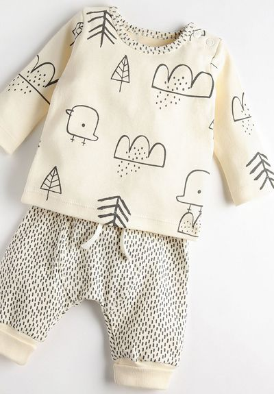 print & pattern, baby clothes, baby fashion, neutral, animal print, #babykidclothesandideas