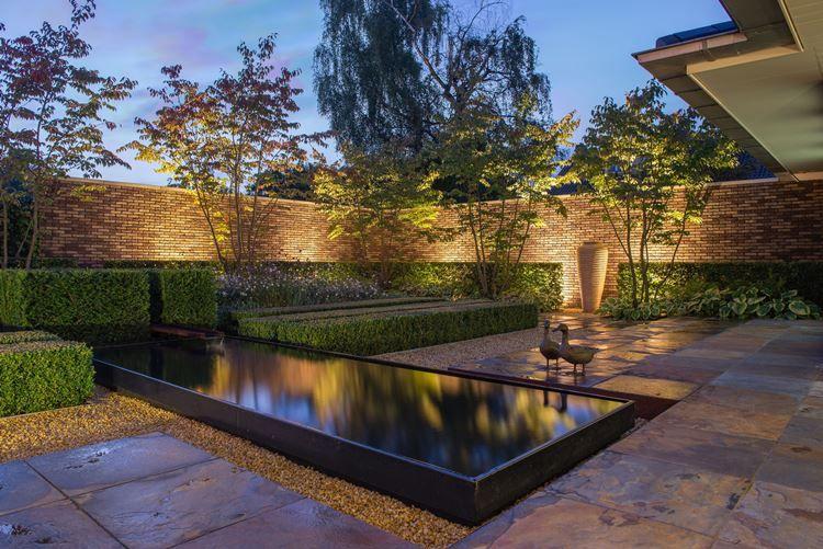 Moderne tuin inspiratie tuinen for Moderne waterpartijen tuin