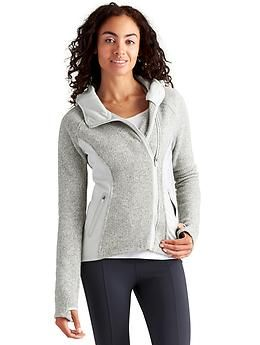 e7c67de918fc96 Daybreak Hoodie - The cozy hoodie jacket for your urban adventures in  sweater fleece fabric with Pilayo® side panels for stretch.