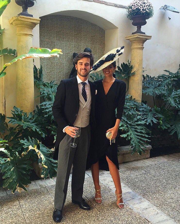 Vestidos de invitada de boda negro