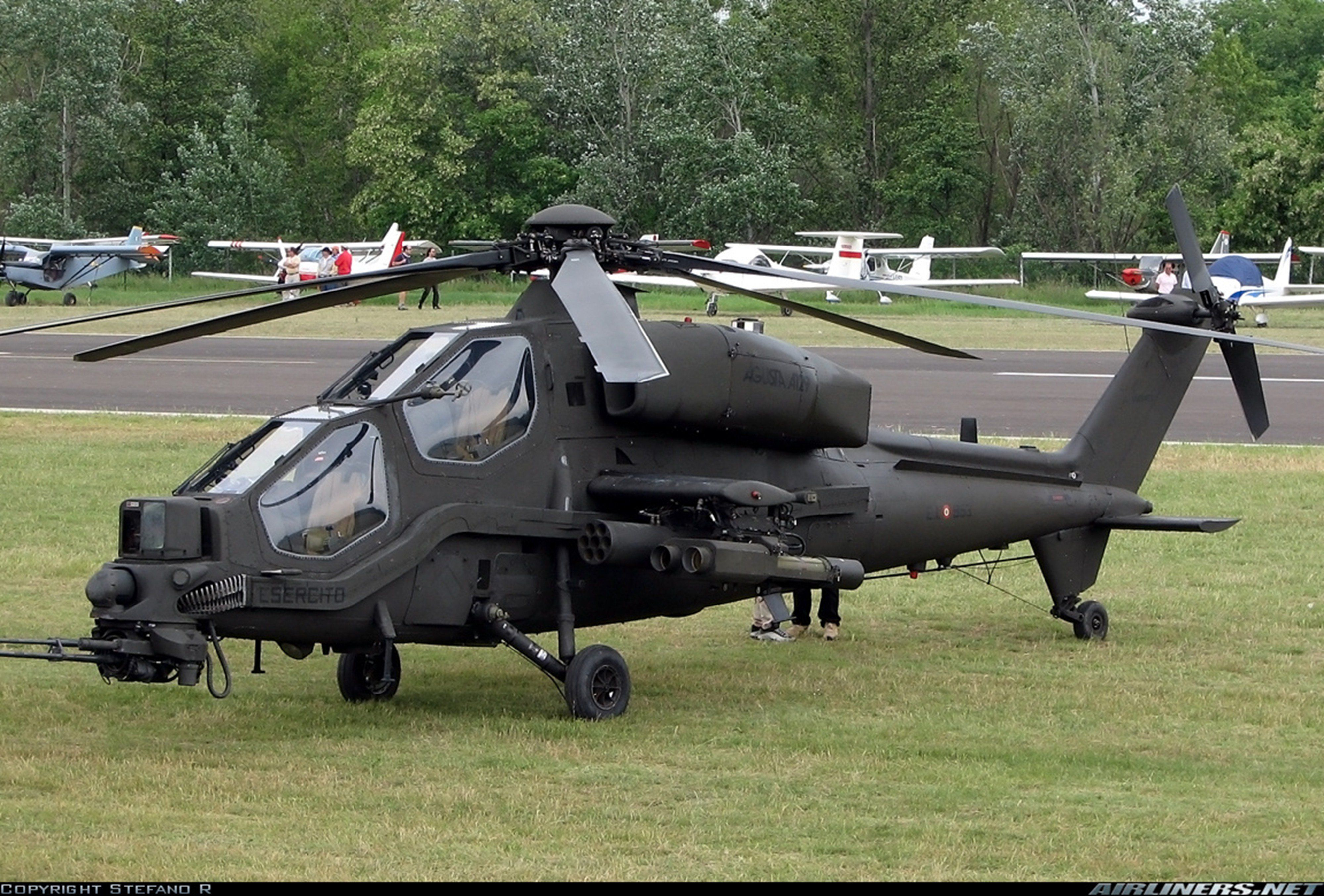 Elicottero T 129 : Helicopter aircraft military army attack agusta a129 mangusta italy