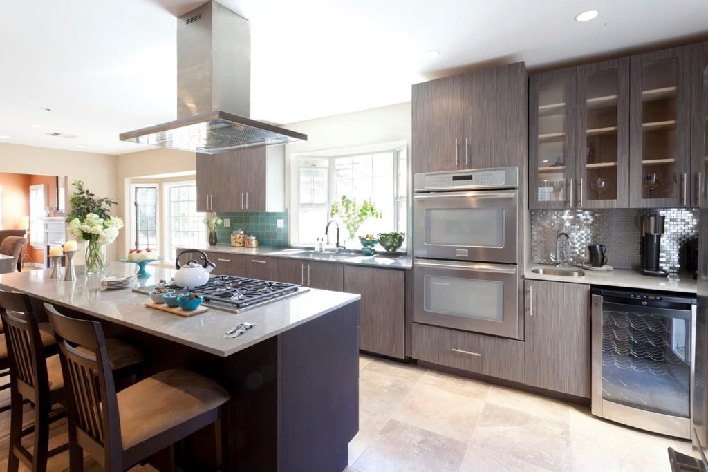Best Grey And Dk Brown Cabinets With Teal Back Splash White 400 x 300
