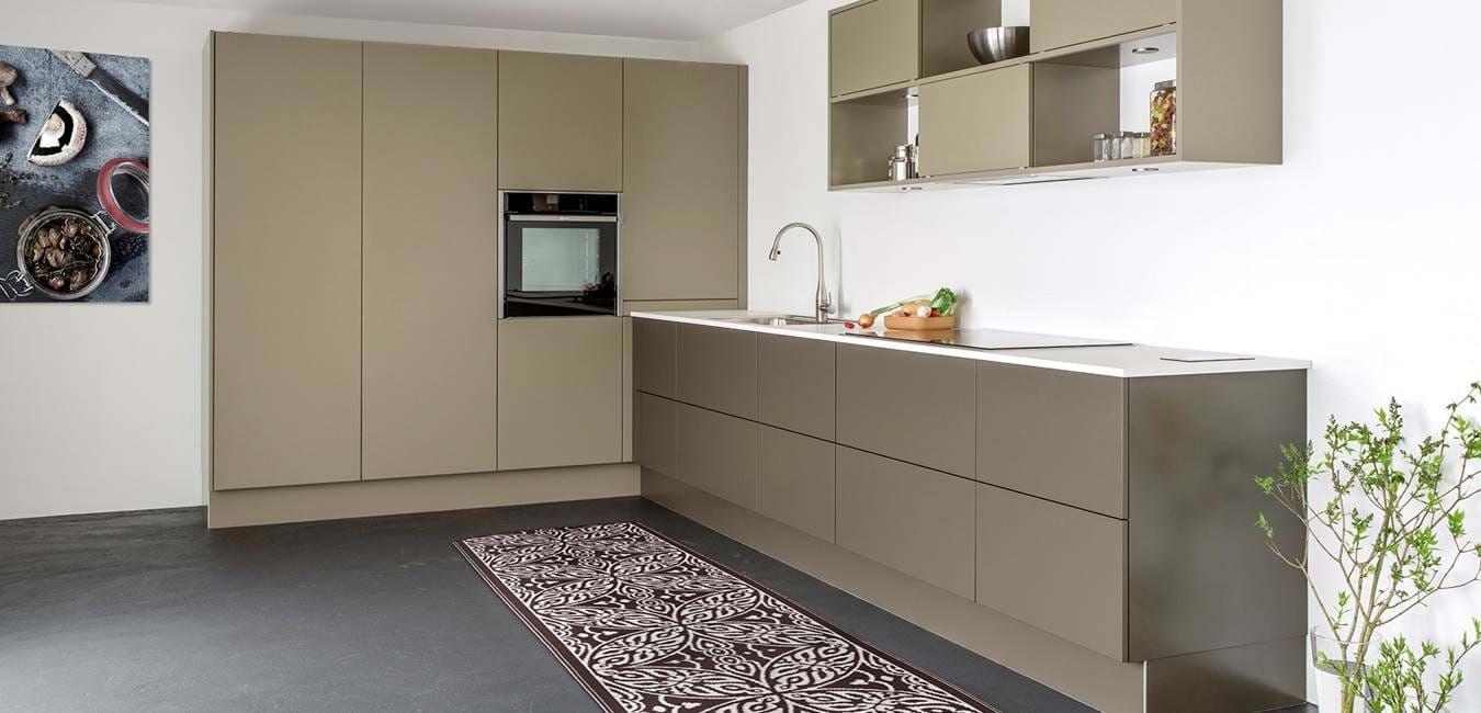 Unika køkken indrettet med Slideskab | Tvis Køkkener
