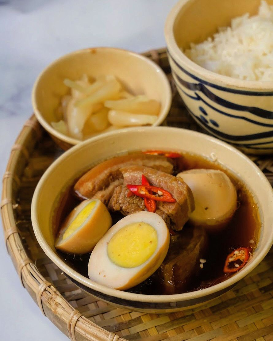 Thịt kho trứng in 2020 Everyday dishes, Traditional food