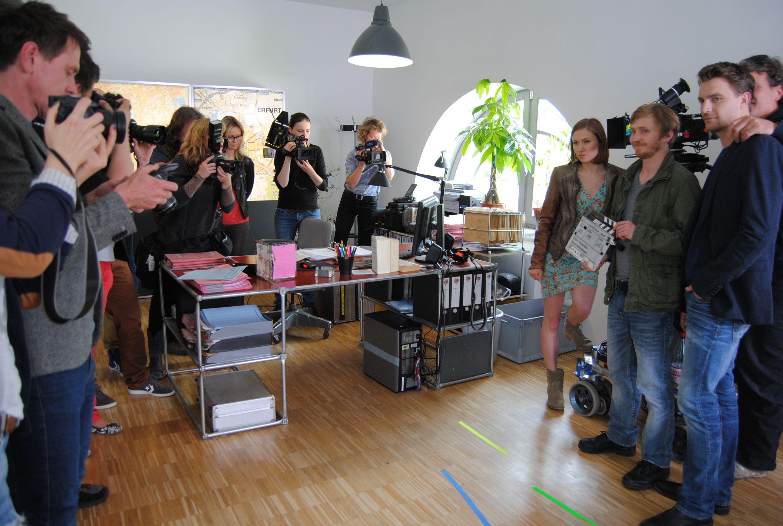 Tatort Erfurt I Fernsehen I Presse I Schauspieler I Alina Levshin I Friedrich Mücke I Benjamin Kramme I Schreibtisch I System 180 - Made in Berlin