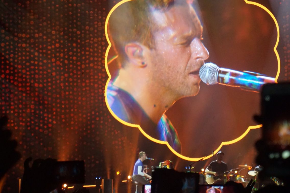 Chris Martin- Singapore, 31st March 2017 #coldplaysingapore #coldplay