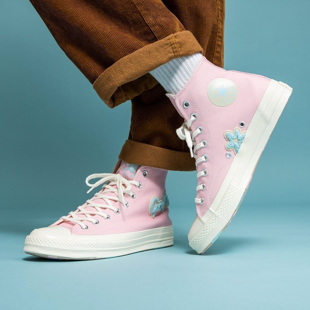 Pin By 𝔍𝔞𝔠𝔨 ℭ𝔯𝔬𝔰𝔰𝔦𝔫𝔤 On Clothes Sneakers Fashion Sneakers Aesthetic Shoes